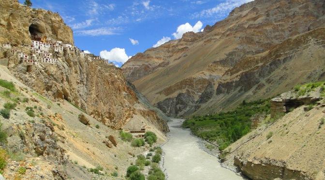 Le monastere de Phukthal.